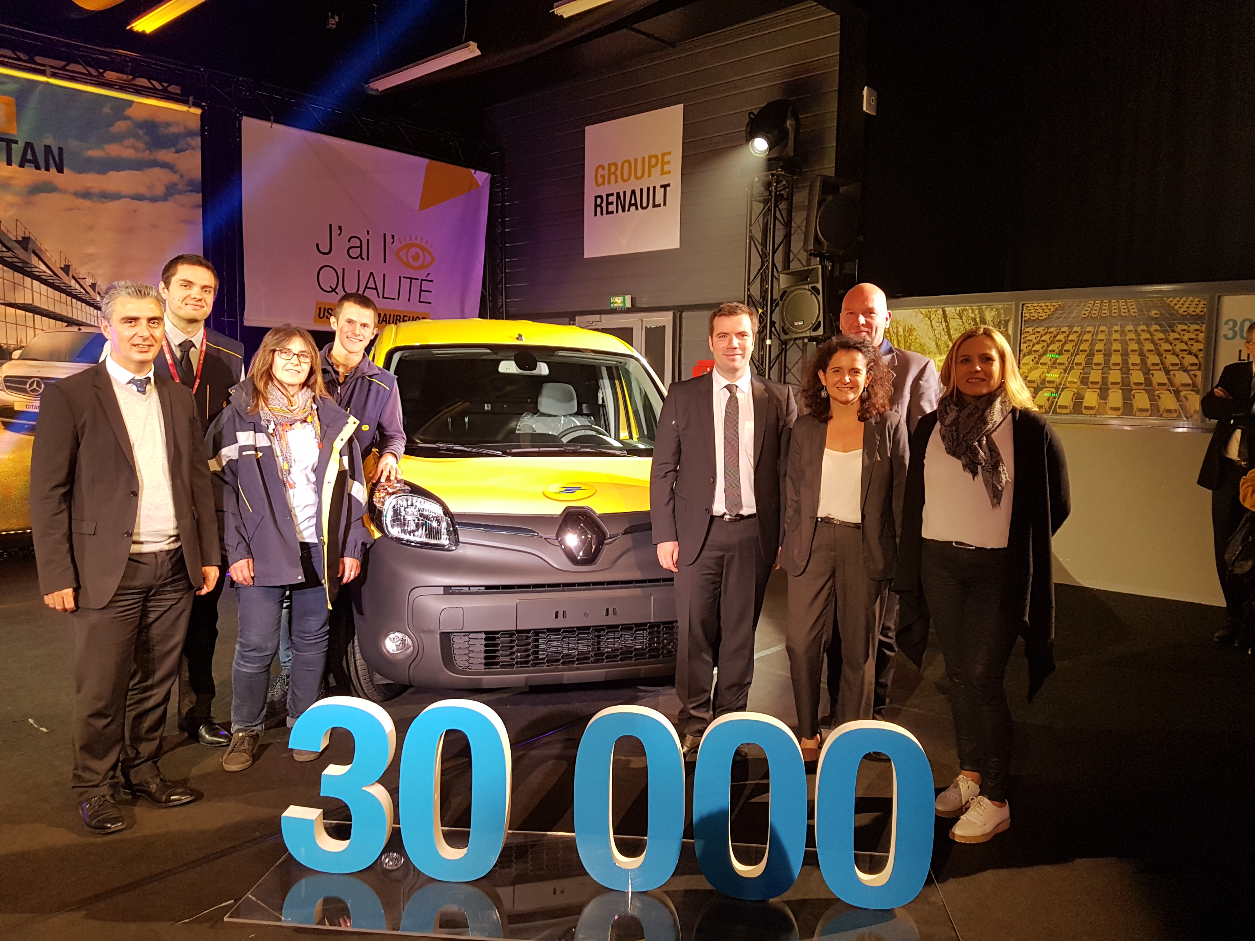 The 30,000th Kangoo Z.E. from the Maubeuge Renault plant: the preferred electric van among French mail carriers.