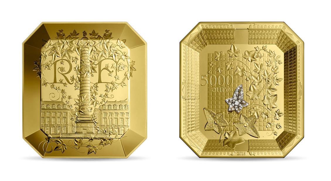 La pièce en or gravée par Joaquin Jiménez qui a inspiré le timbre Cœur dessiné par Boucheron